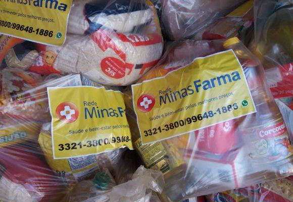 Projeto Renato Santos, de Conceição das Alagoas, entrega doação de alimentos