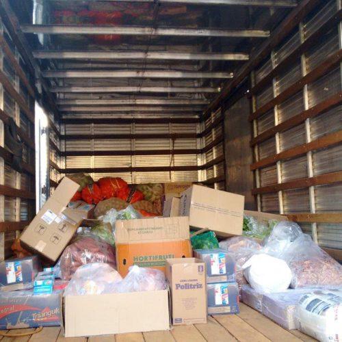 Comunidade de Santa Juliana entrega doação de alimentos