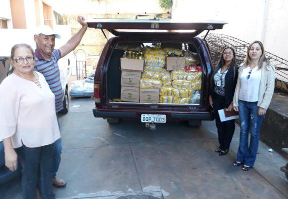 Monte Carmelo entrega doação de alimentos aos pacientes